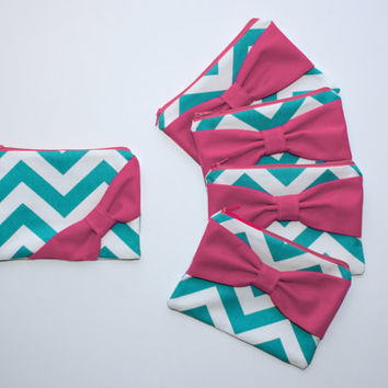 Bridesmaid Gift Set / Bachelorette Favors - Turquoise Chevron Hot Pink Bow - Wedding Cosmetic Cases - Customizable Quantity and Style