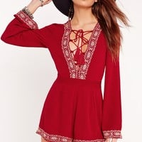 Missguided - Cheesecloth Lace Up Embroidered Playsuit Red