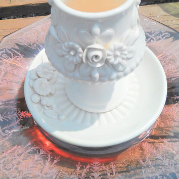 Shetland Made in Italy 1079 Vase and Saucer