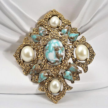 Sarah Coventry Remembrance Brooch, Gold Tone, Turquoise Glass Cabochons, Faux Pearls, Vintage Jewelry Brooch