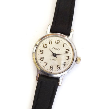 Vintage Russian Lady's Watch SEKONDA small retro watch
