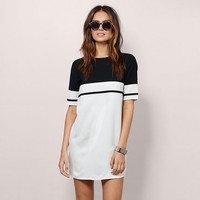 Fashion casual black and white Round Neck Short-sleeved One-piece Women Dress