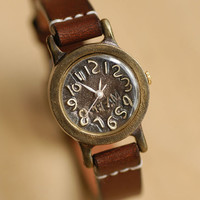 Vintage Watch. Handstitch. Leather Band ///////// Handcraft Watch ///////// Browny mini