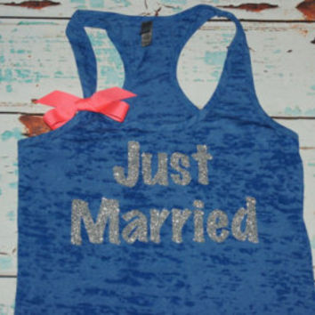 Just Married Rhinestone T shirt, Just Married Tee, Just Married T-Shirt, Rhinestone T Shirt, Rhinestone Tank Tops, Pink Bride Tank Top