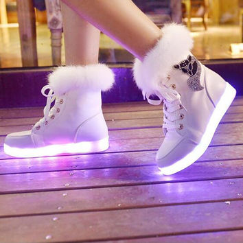 Rechargeable Leather Round Toe Lace Up Crystal Fox Led Sneakers