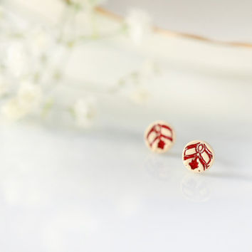 Ceramic stud earring Tiny red studs Mini studs 8mm Handmade earrings Clay Jewelry Cute post earring Sterling silver Red pattern Lace pattern