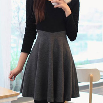 Black and Gray Long Sleeve Flounce Dress