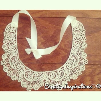 Lace Peter Pan Collar  by ErikaMariana on Etsy