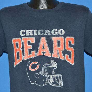 060a96f55 80s Chicago Bears Football Helmet NFL t-shirt Medium