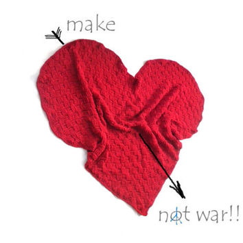 "Pippi's ""Let MY Heart Keep You Warm"" Heart Shaped Blanket, Crochet Blanket, Sofa Throw, Valentines Gift, for Home, Warm,"