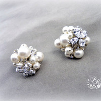 Wedding Earrings Swarovski Pearls & Swarovski Clear Crystals stud earrings Bridal Earrings Wedding Jewelry