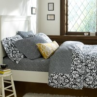 Damask Duvet Cover + Pillowcases, Black