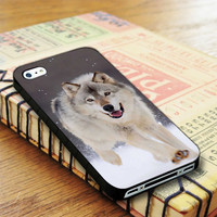 Wolf Run On White Snow iPhone 4 | iPhone 4S Case