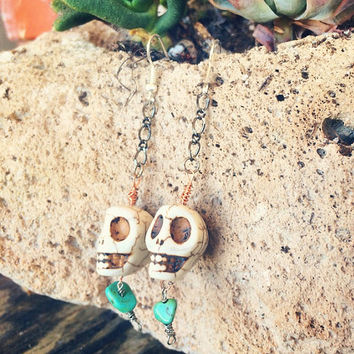 Raw Stone Skull Charm Wire Wrapped Dangle Earrings feat. Raw Turquoise Stone // Mixed Metal Boho Handmade Jewelry