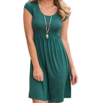 Women's Kelly Green Scoop Neck Casual Pleated Sun Dress