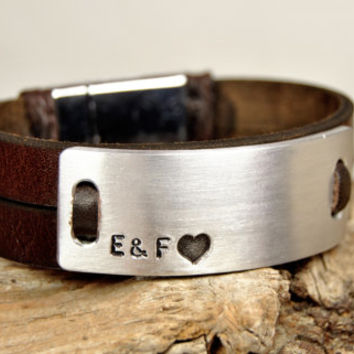 FREE SHIPPING - Men's Personalized Bracelet, Men's Leather Bracelet, Aluminium Plate Magnetic Clasp, Brown Leather Bracelet, Hand Stamped