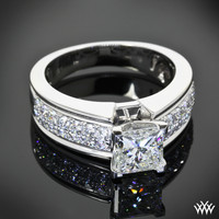"18k White Gold ""Fiotto"" Diamond Engagement Ring"