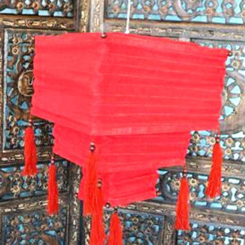 Red Cloth Lantern