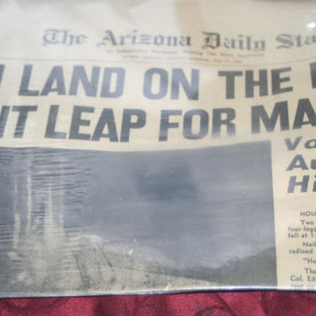 Christmas Sale 1969 Newspaper Man On The Moon The Arizona Daily Star