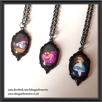 Alice in Wonderland Necklace Cheshire Cat Eat Me Drink Me