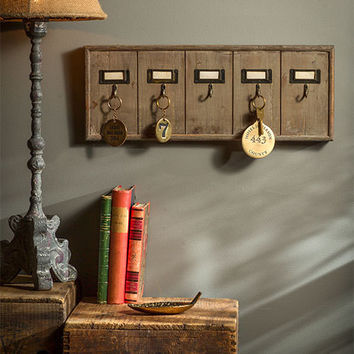 Vintage Inspired Wooden Hotel Key Hook Board Rack (Small 5 Hooks)