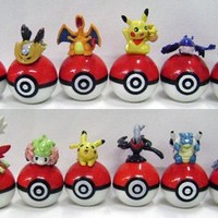 Pokemon: Pokemon on Pokeball Figure Set of 12