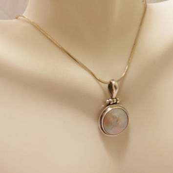 Sterling Silver Mother Of Pearl Vintage Pendant Necklace