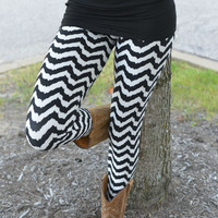 Zig Zag Delight Leggings
