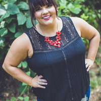 PLUS SIZE: Crochet Gameday Tank Top in Black