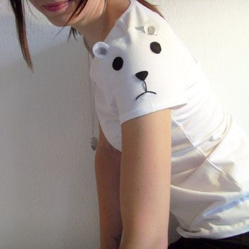 Polar Bear Tee Made to order by ThePetiteChouette on Etsy