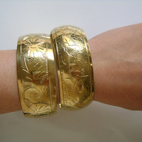 """Shiny Golden Brass Metal Etched Flowers Floral Chunky Wide Tribal Ethnic Style Bangle Bracelets Set Made in INDIA Fits Up To 7.5"""" Wrist 85.9"""