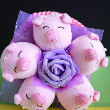 Pig Plush Flower Bouquet. Sweet little pampering gift!