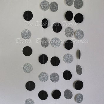 Black and silver circle Garland, New years decorations, party decorations, wedding decorations, bridal shower decorations, paper garland