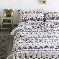 Magical Thinking Stamped Geo-Point Duvet Cover-