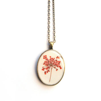 Orange Pressed Queen Anne's Lace Resin Pendant Necklace - Real pressed flower encased in resin, Pressed Flower Jewelry - Resin Necklace