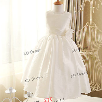 20% OFF!!! Ivory Taffeta Cute Flower Girl Dress Children/Kids Birthday Party Dress with Red/Navy Blue Sash/Flower(Z1004)