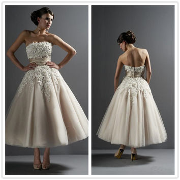 Vintage  Tulle Wedding Dresses Strapless Sleeveless Zipper Back Appliques Beaded Pearls Empire Rullfe A-Line Ankle Length