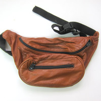 Vintage brown leather 1980s fanny pack waist purse