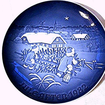 Bing and Grondahl Plate Christmas 1982 Blue and White Plate