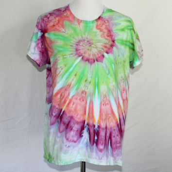 Womens Tie Dye Shirt, Womens Tie Dye T-Shirt, Pink Tie Dye Shirt, Pink and Green Tie Dye T-Shirt, Tye Dye