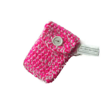 Crocheted Pouch Keychain - Hot Pink and White - Item #20151016