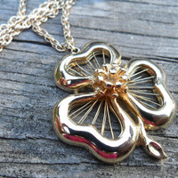 Vintage SHAMROCK Clover Necklace - Good Luck Necklace