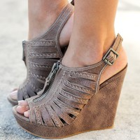 Saucin Taupe Wedges