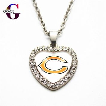 1pcs Fashion Chicago Bears Football Sports Charms Heart Crystal Necklace Pendant With 50cm Chains For Women Men Diy Jewelry