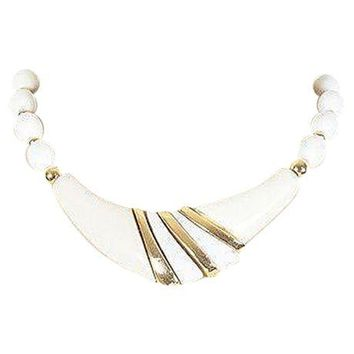 Pre-owned 70s Trifari White Bead & Gold V Necklace