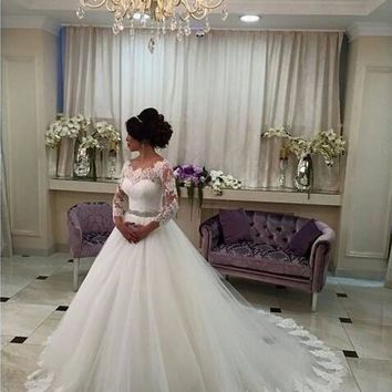 Wedding Dress 2016 New Scoop Neck Romantic Three Quarter Beaded Lace Casamento Robe De Mariage Bride Dresses Vestidos De Noiva