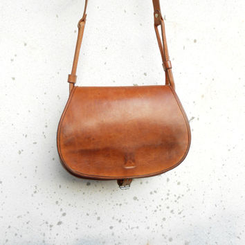 Vintage Distressed Vegetable Tanned Leather Messenger Bag , Crossbody Bag // Handmade // Medium