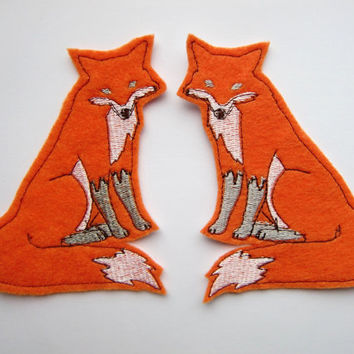 Iron On Patch Pair of Orange  Foxes Appliques