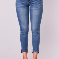 Where Ya At Ankle Jeans - Medium Blue Wash
