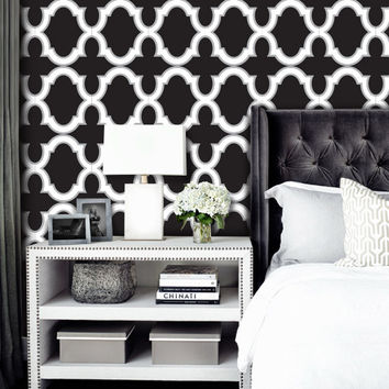 Moroccan Trellis Pattern WallPaper - Black & White